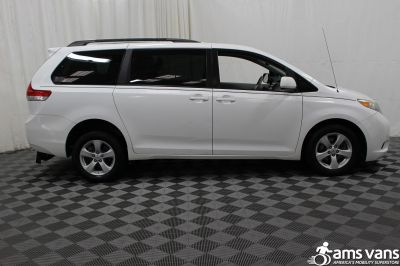 2011 Toyota Sienna Wheelchair Van For Sale -- Thumb #9