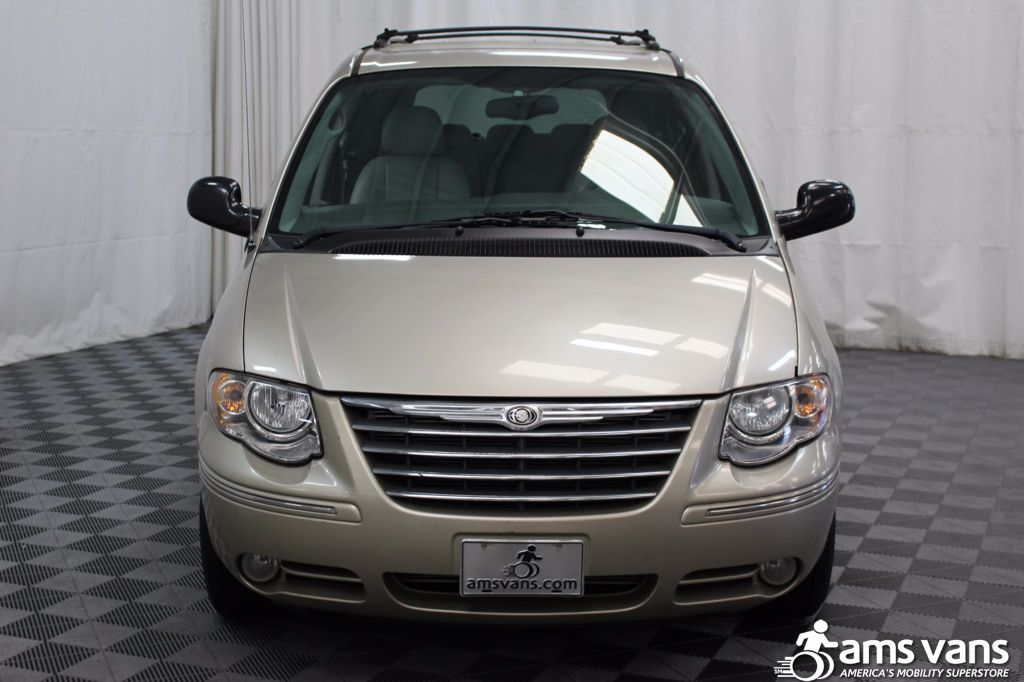 2005 Chrysler Town and Country Touring Wheelchair Van For Sale #19
