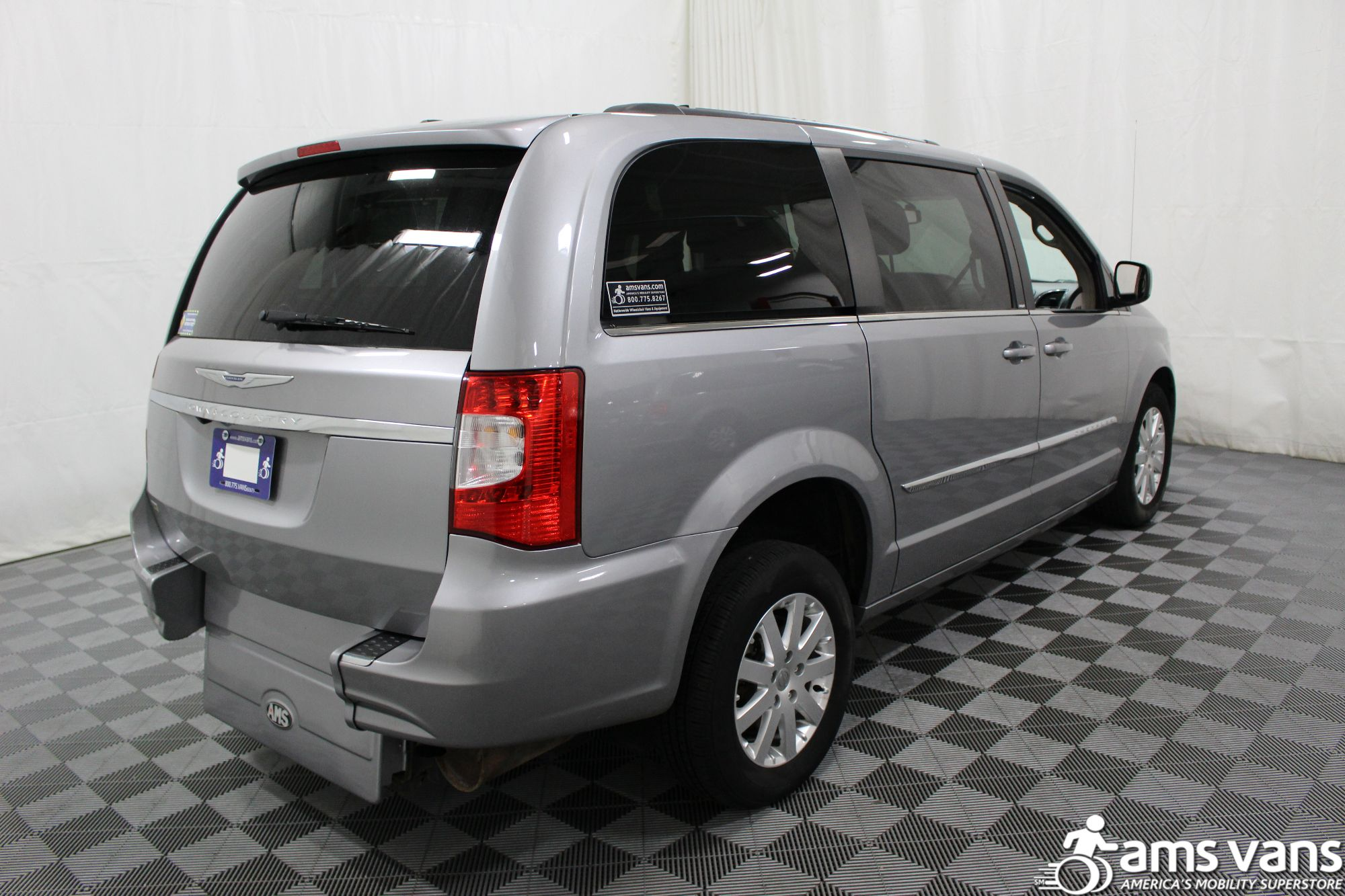 2013 Chrysler Town & Country Touring Wheelchair Van For Sale #14