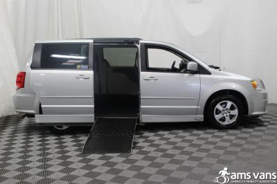 2011 Dodge Grand Caravan Wheelchair Van For Sale -- Thumb #2