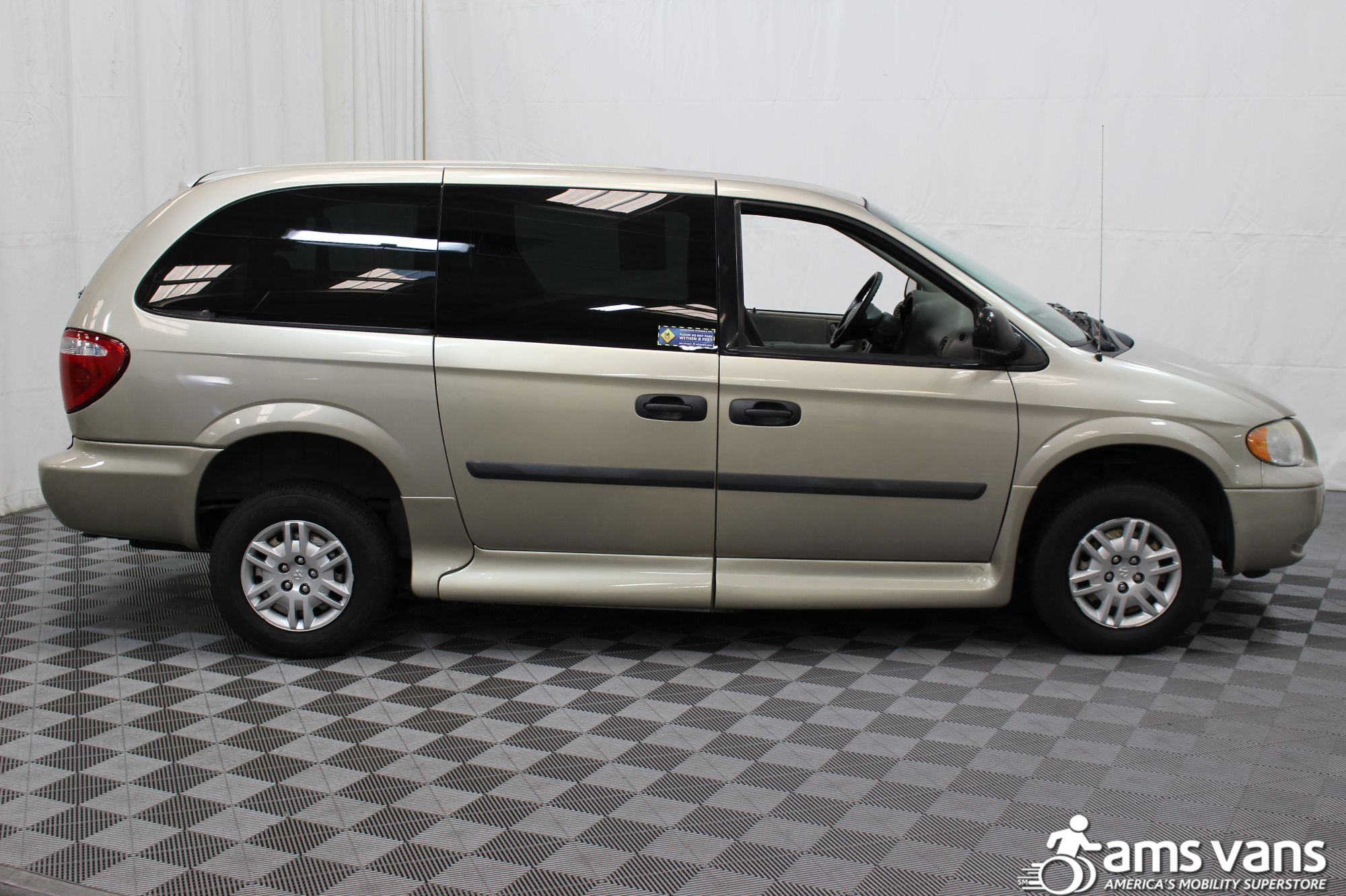 2007 Dodge Grand Caravan SE Wheelchair Van For Sale #12