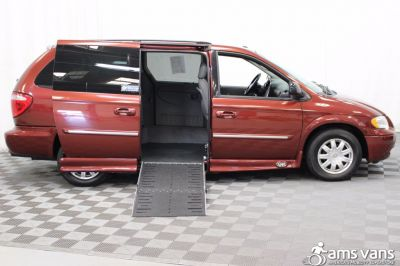 2007 Chrysler Town and Country Wheelchair Van For Sale -- Thumb #2