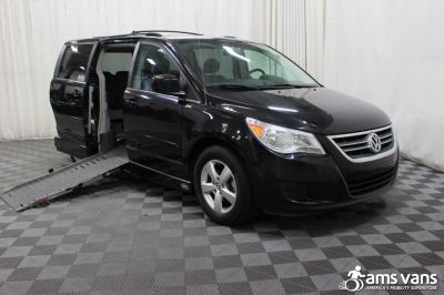 Used 2009 Volkswagen Routan SE Wheelchair Van