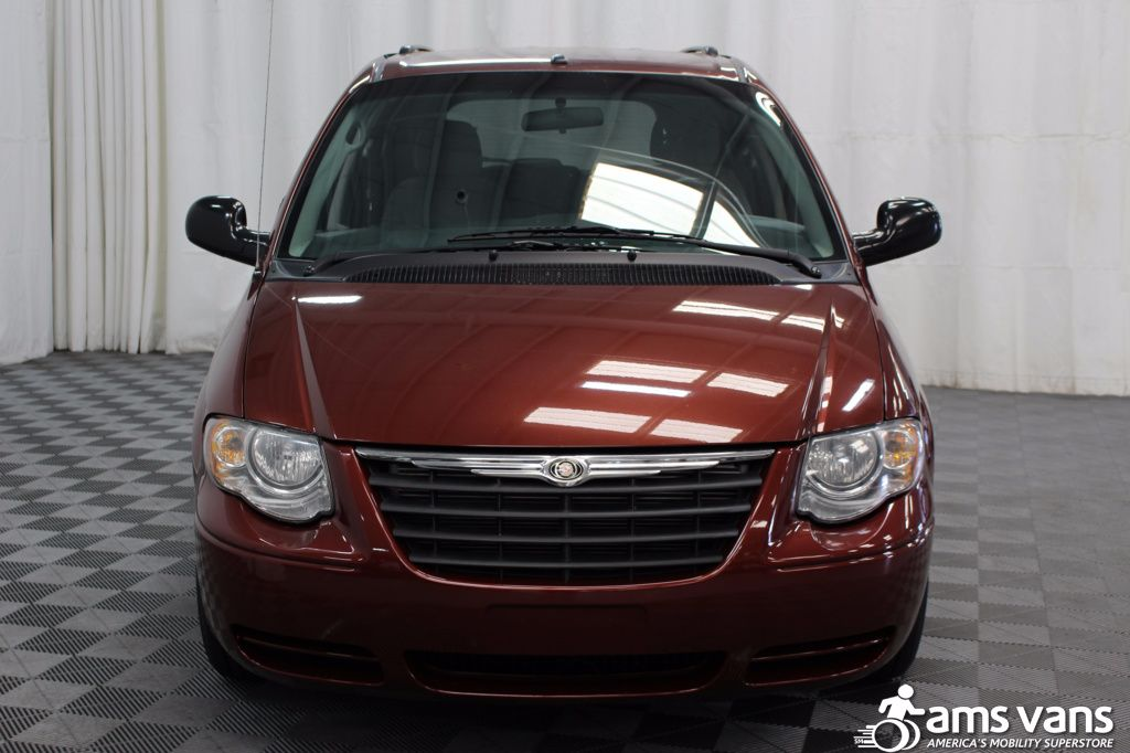 2007 Chrysler Town and Country Touring Wheelchair Van For Sale #16