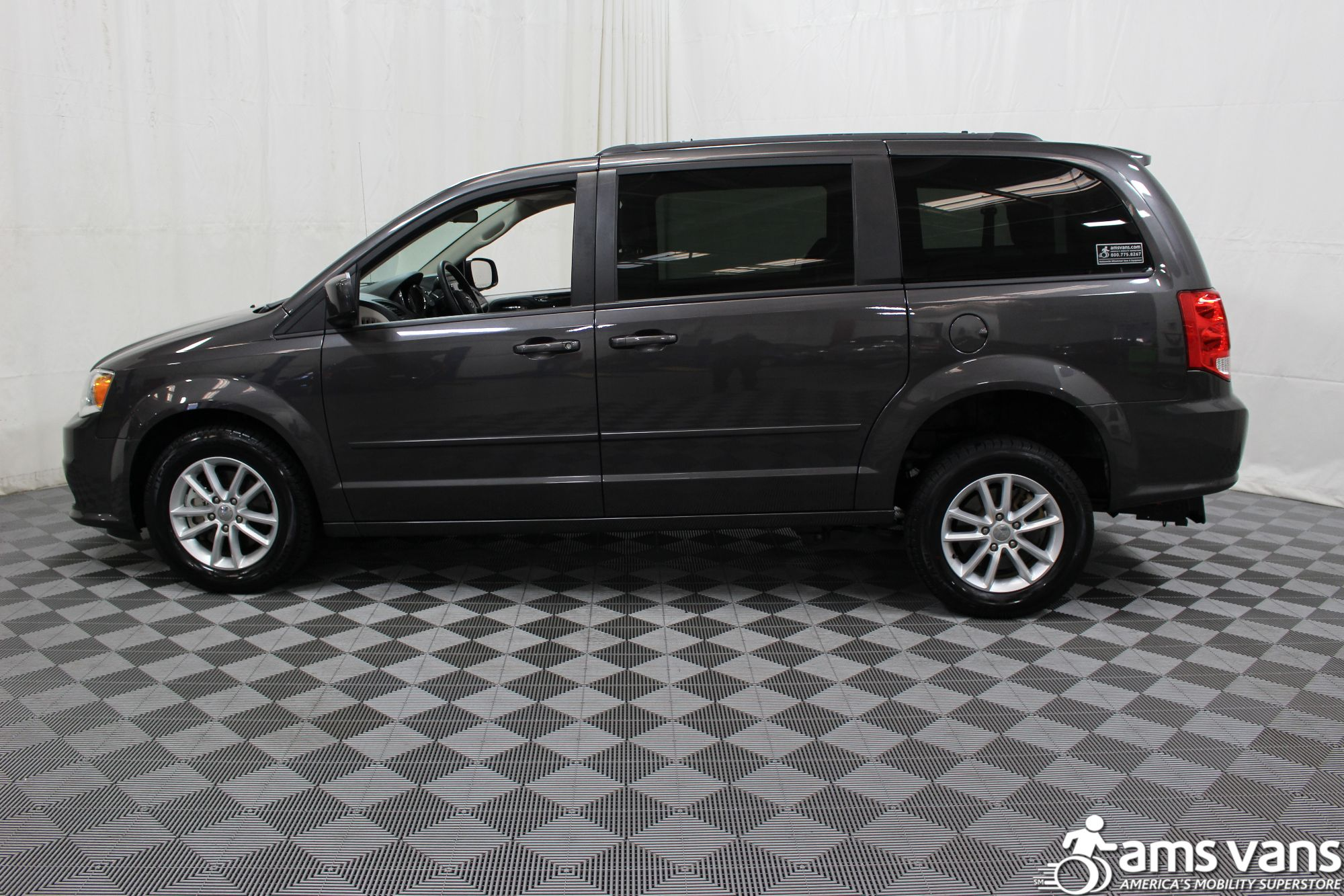 2015 Dodge Grand Caravan SXT Wheelchair Van For Sale #14
