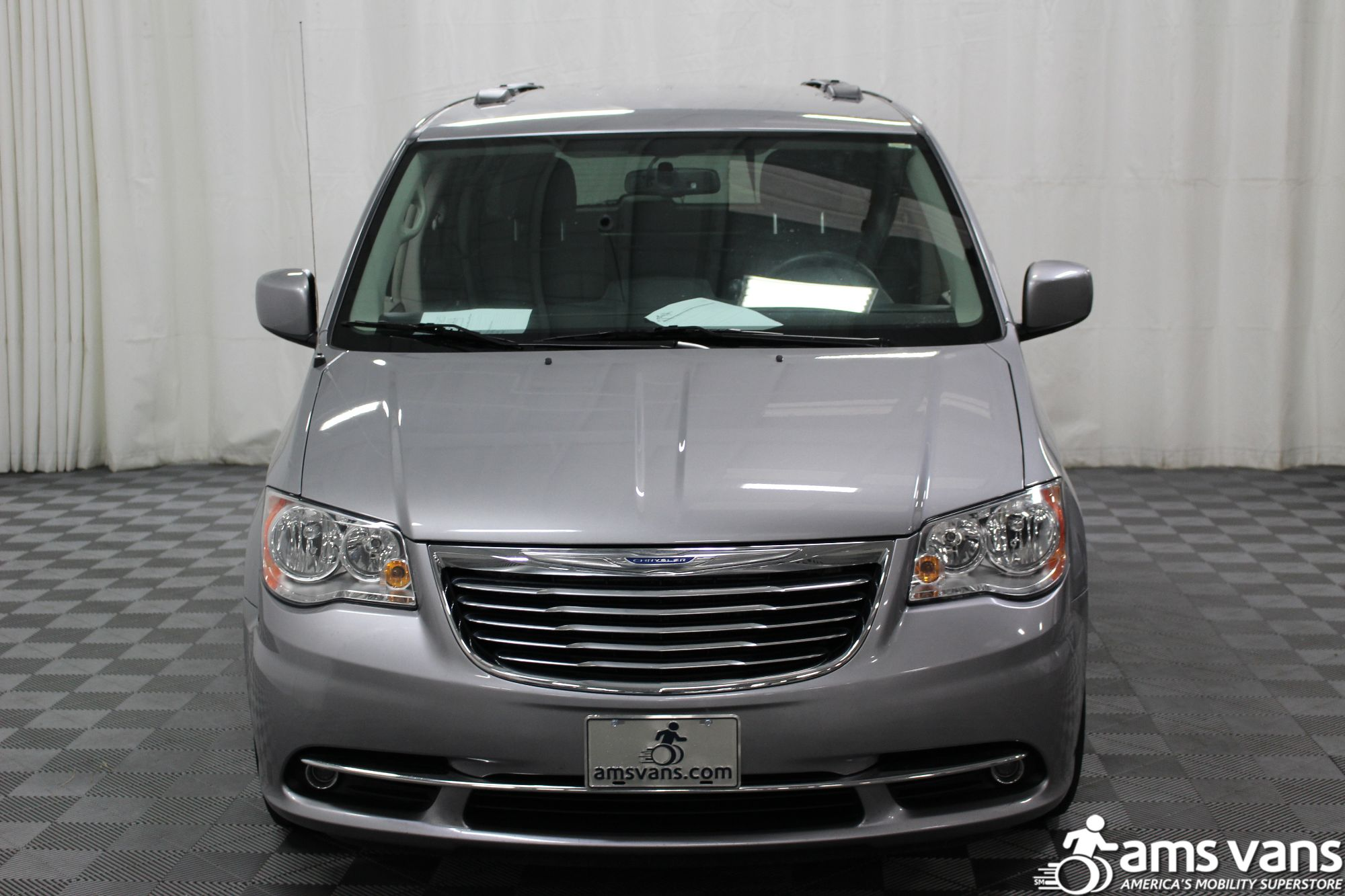 2013 Chrysler Town & Country Touring Wheelchair Van For Sale #19