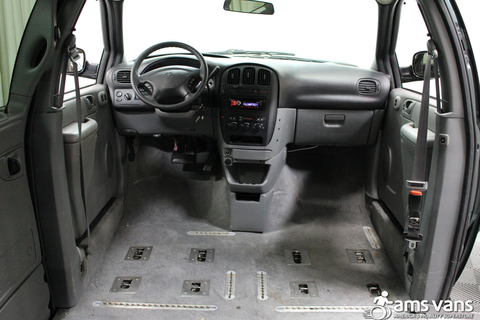 2004 Dodge Grand Caravan SE Wheelchair Van For Sale #8