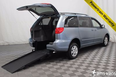 2007 Toyota Sienna Wheelchair Van For Sale
