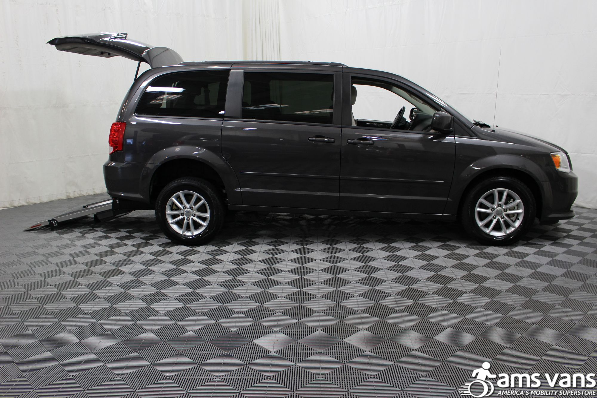 2015 Dodge Grand Caravan SXT Wheelchair Van For Sale #6