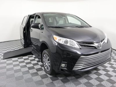 New Wheelchair Van for Sale - 2020 Toyota Sienna XLE Wheelchair Accessible Van VIN: 5TDYZ3DC9LS033577