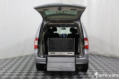 2013 Chrysler Town & Country Wheelchair Van For Sale -- Thumb #7