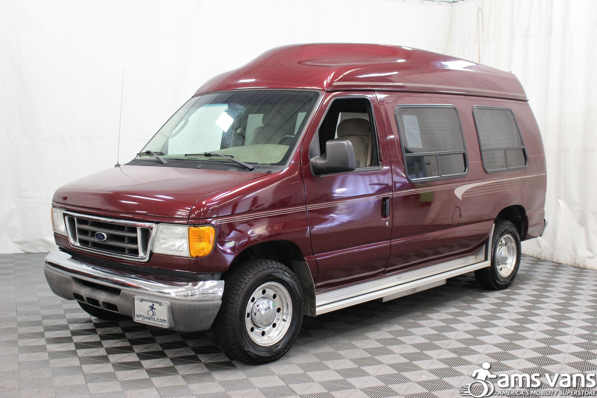 2005 Ford E-Series Chassis E-250 SD Wheelchair Van For Sale #19