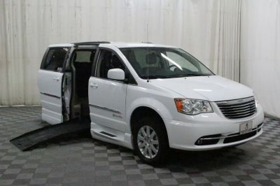 Used Wheelchair Van for Sale - 2014 Chrysler Town & Country Touring Wheelchair Accessible Van VIN: 2C4RC1BG0ER435922