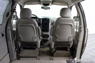 2005 Chrysler Town and Country Wheelchair Van For Sale -- Thumb #6