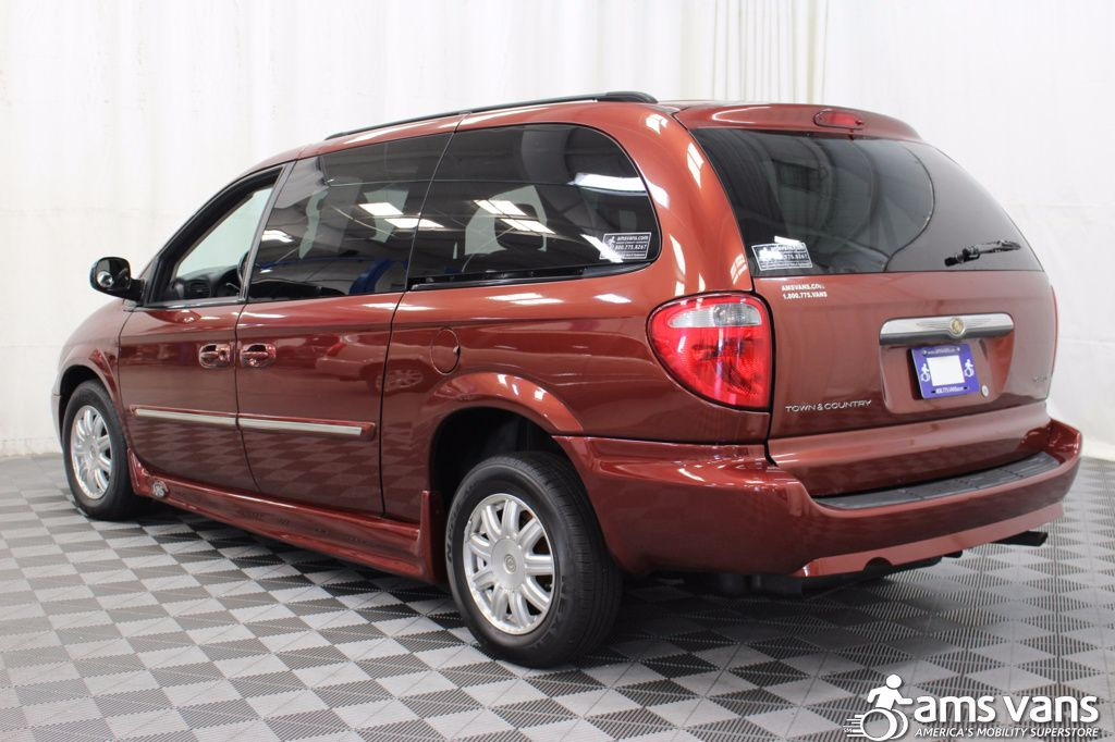 2007 Chrysler Town and Country Touring Wheelchair Van For Sale #13