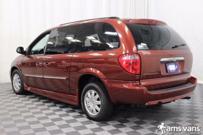 2007 Chrysler Town and Country Wheelchair Van For Sale -- Thumb #13