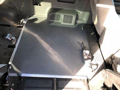 WHITE Nissan NV Passenger image number 16