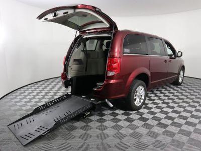 Commercial Wheelchair Vans for Sale - 2019 Dodge Grand Caravan SXT ADA Compliant Vehicle VIN: 2C4RDGCG1KR660182