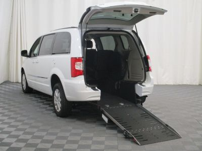 2015 Chrysler Town and Country Wheelchair Van For Sale -- Thumb #2