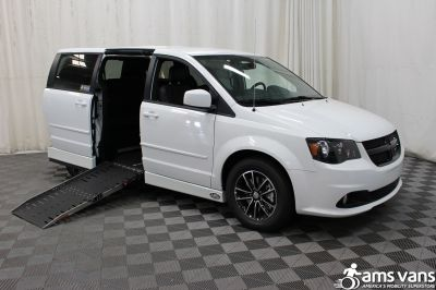 New 2017 Dodge Grand Caravan SXT Wheelchair Van