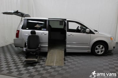 2008 Dodge Grand Caravan Wheelchair Van For Sale -- Thumb #6