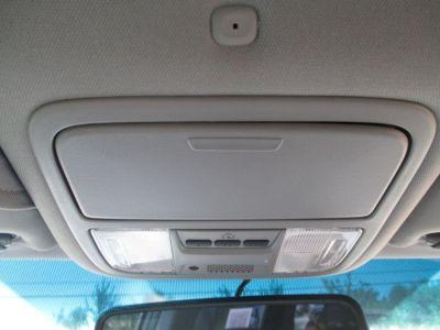GREEN Honda Odyssey image number 12
