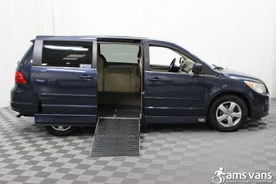 2009 Volkswagen Routan Wheelchair Van For Sale -- Thumb #2