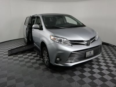 Handicap Van for Sale - 2019 Toyota Sienna XLE Wheelchair Accessible Van VIN: 5TDYZ3DC0KS976844