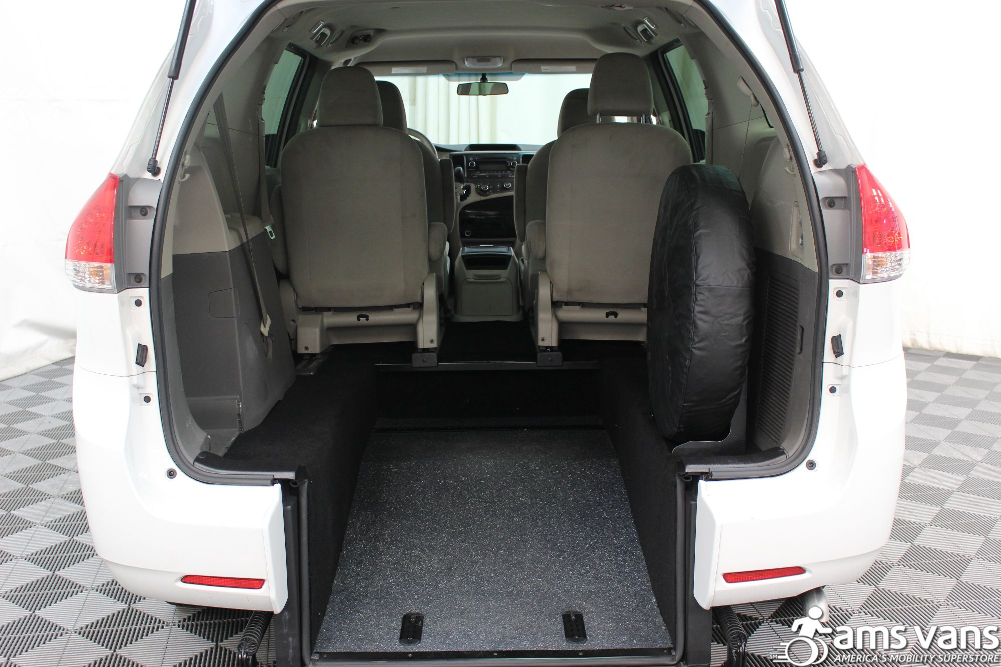 2013 Toyota Sienna L Wheelchair Van For Sale #3