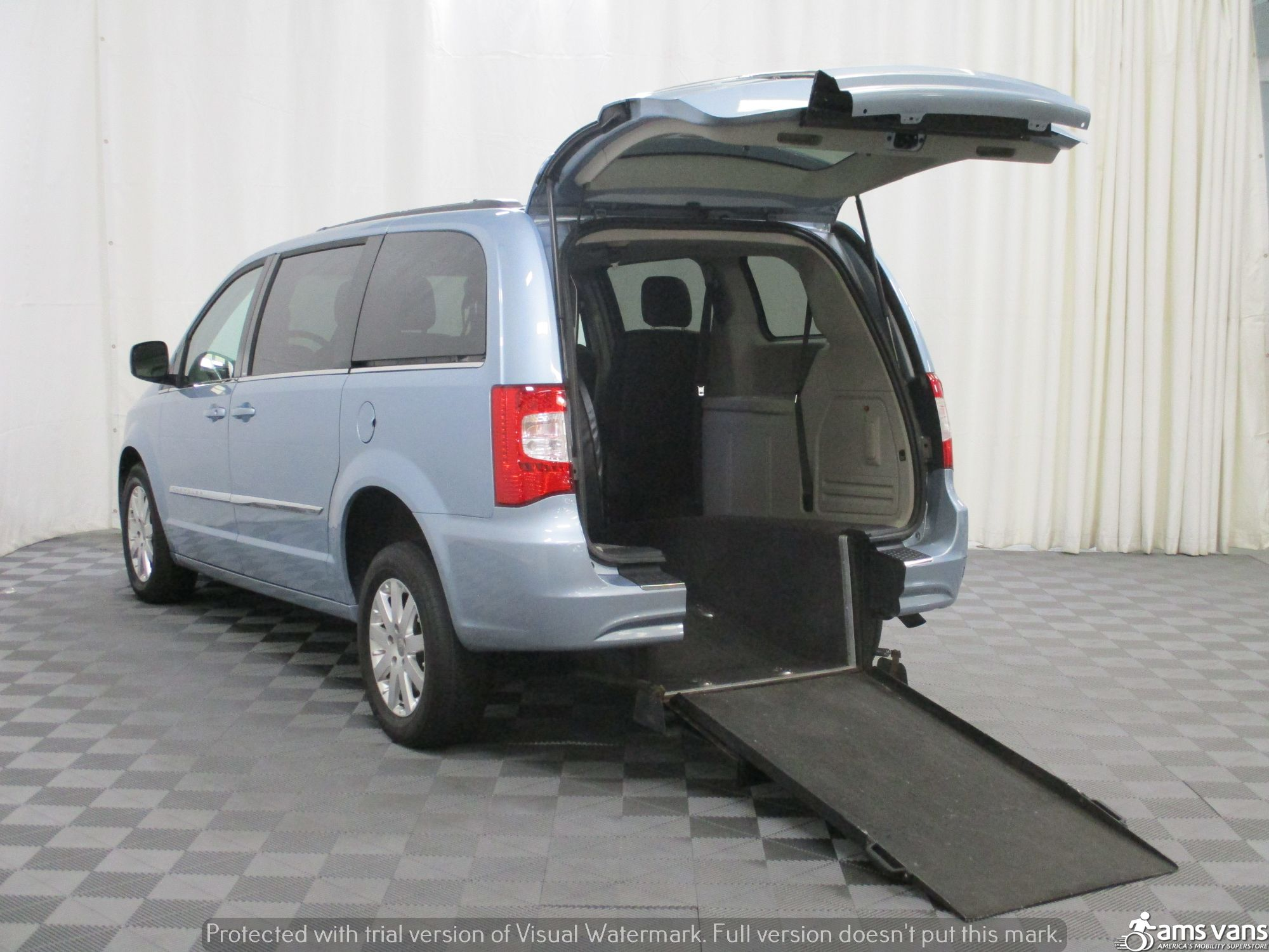 2013 Chrysler Town and Country Wheelchair Van For Sale #5