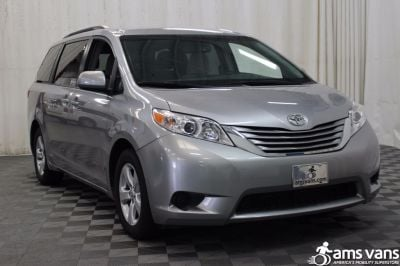 Used 2015 Toyota Sienna LE Wheelchair Van