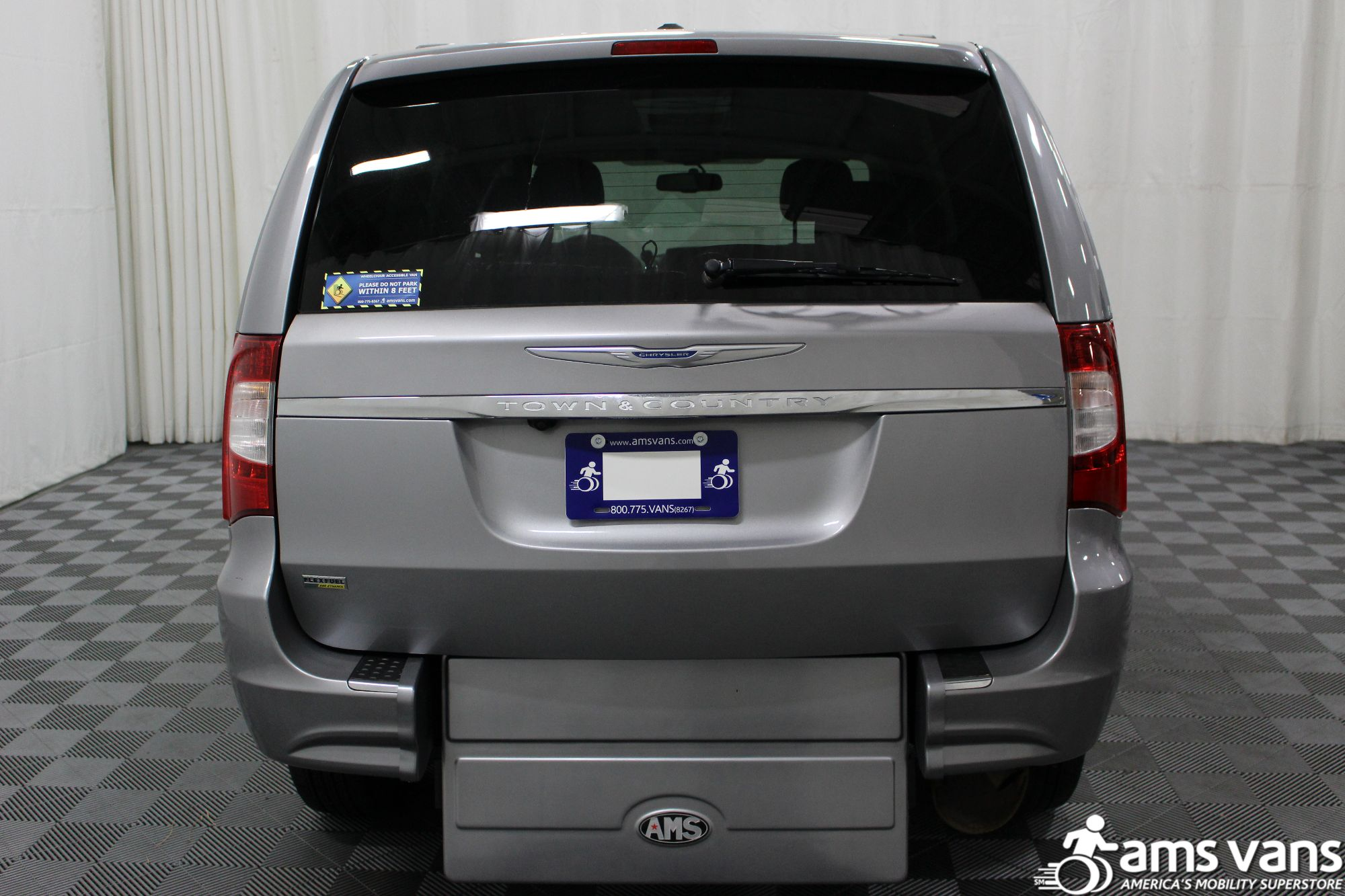 2013 Chrysler Town & Country Touring Wheelchair Van For Sale #15