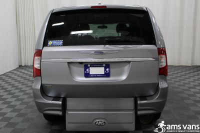 2013 Chrysler Town & Country Wheelchair Van For Sale -- Thumb #15