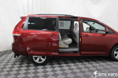 2011 Toyota Sienna Wheelchair Van For Sale -- Thumb #7