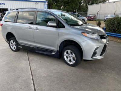 New Wheelchair Van for Sale - 2019 Toyota Sienna LE Standard Wheelchair Accessible Van VIN: 5TDKZ3DC6KS003778