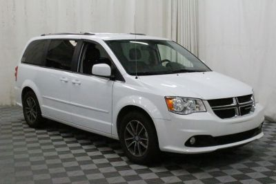 Commercial Wheelchair Vans for Sale - 2017 Dodge Grand Caravan SXT ADA Compliant Vehicle VIN: 2C4RDGCG4HR728273