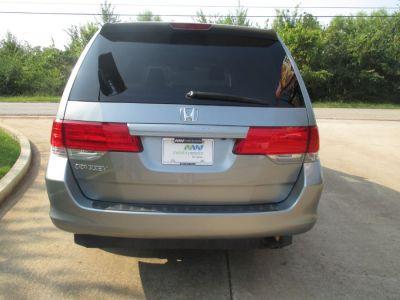 GREEN Honda Odyssey image number 5