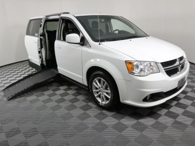 Handicap Van for Sale - 2019 Dodge Grand Caravan SXT Wheelchair Accessible Van VIN: 2C4RDGCG1KR646475