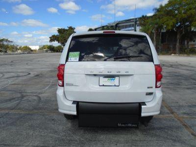 White Dodge Grand Caravan image number 4