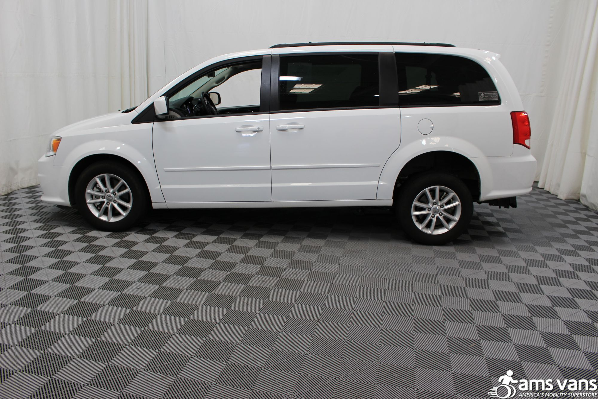 2016 Dodge Grand Caravan SXT Wheelchair Van For Sale #16