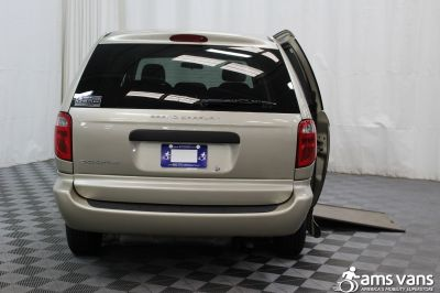 2007 Dodge Grand Caravan Wheelchair Van For Sale -- Thumb #4