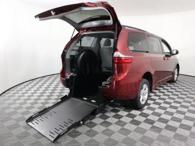 Commercial Wheelchair Vans for Sale - 2020 Toyota Sienna LE ADA Compliant Vehicle VIN: 5TDKZ3DC9LS058436