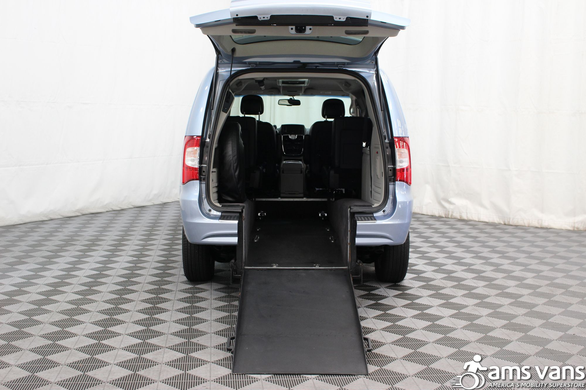 2013 Chrysler Town and Country Touring Wheelchair Van For Sale #2