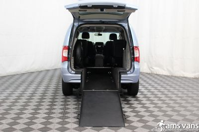 2013 Chrysler Town and Country Wheelchair Van For Sale -- Thumb #2