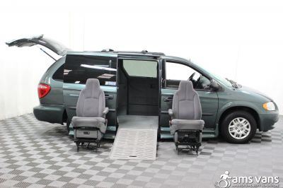 2004 Dodge Grand Caravan Wheelchair Van For Sale -- Thumb #11