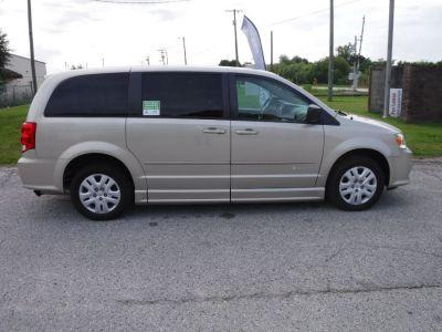Brown Dodge Grand Caravan image number 8