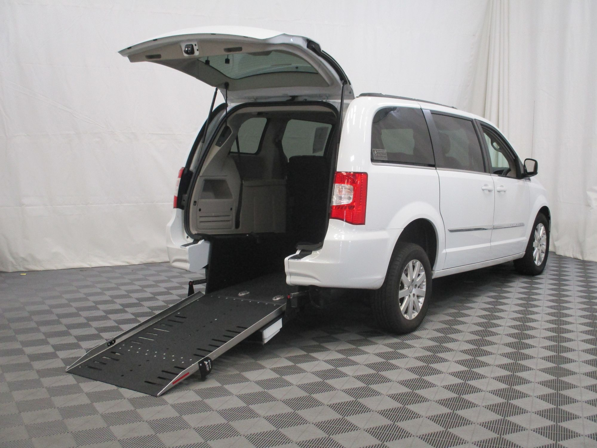 2015 Chrysler Town and Country Touring Wheelchair Van For Sale #1