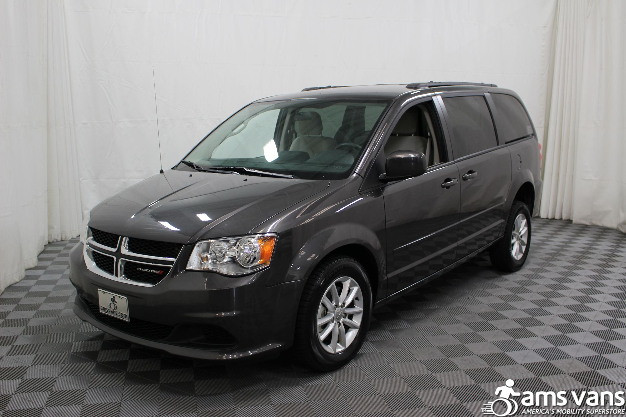 2015 Dodge Grand Caravan SXT Wheelchair Van For Sale #15