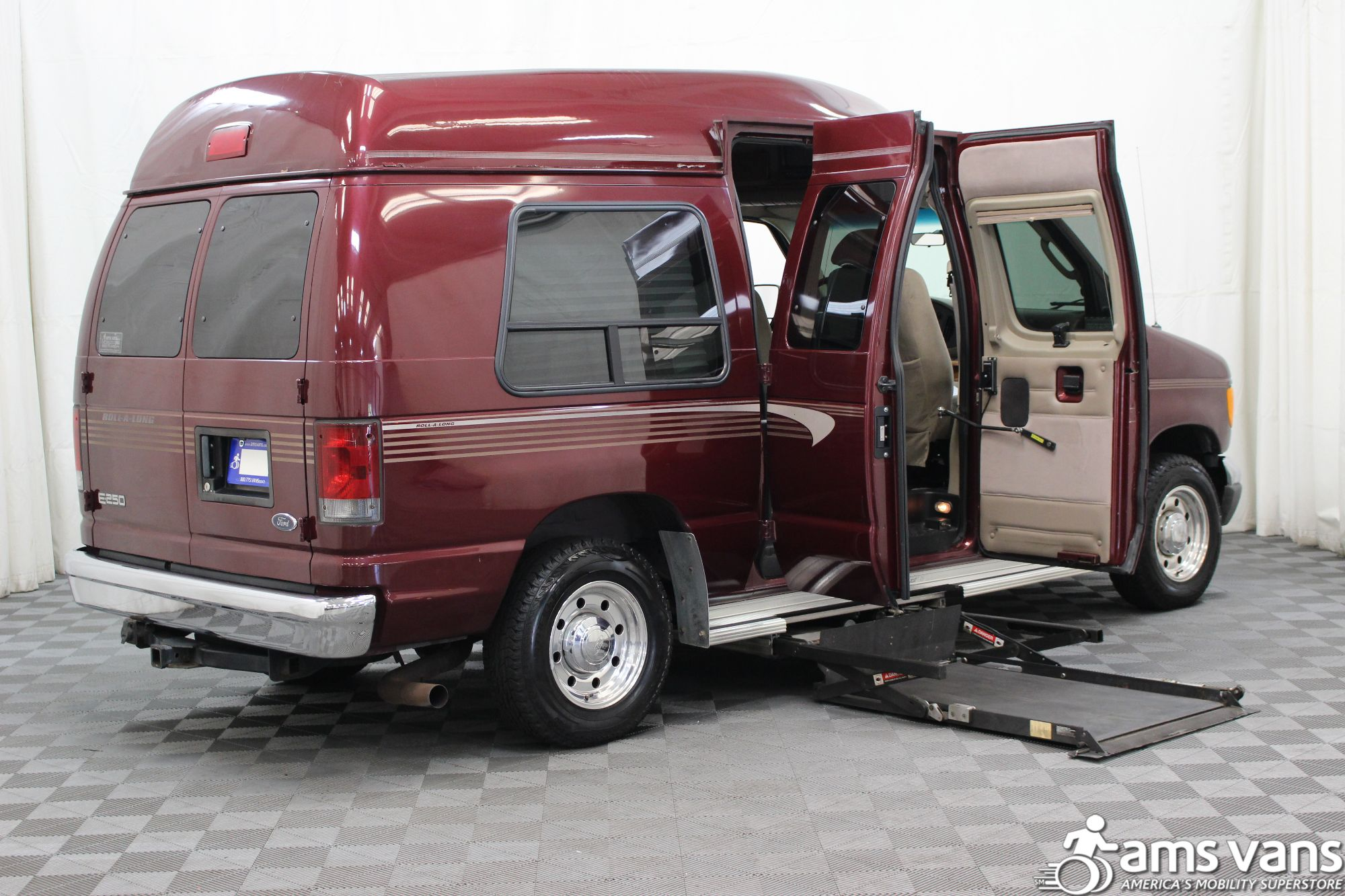2005 Ford E-Series Chassis E-250 SD Wheelchair Van For Sale #3