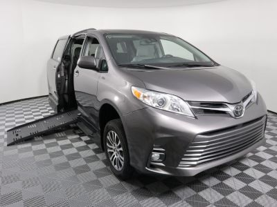 Handicap Van for Sale - 2019 Toyota Sienna XLE 8-Passenger Wheelchair Accessible Van VIN: 5TDYZ3DC6KS972782